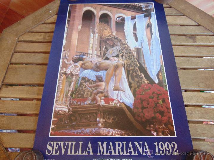CARTEL DE LA SEMANA SANTA DE SEVILLA MIDE 69.5 X 47.5 CM VIRGEN DE LA PIEDAD 1992 (Coleccionismo - Carteles Gran Formato - Carteles Semana Santa)