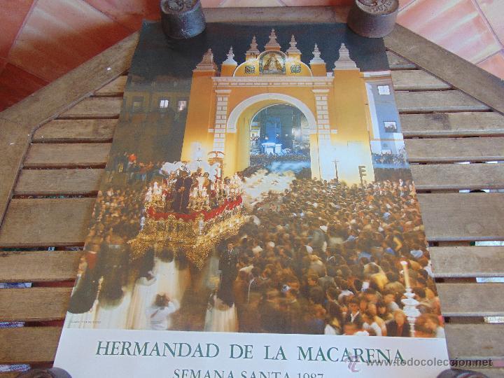 CARTEL DE LA SEMANA SANTA DE SEVILLA MIDE 69 X 50 CM MACARENA 1987 (Coleccionismo - Carteles Gran Formato - Carteles Semana Santa)