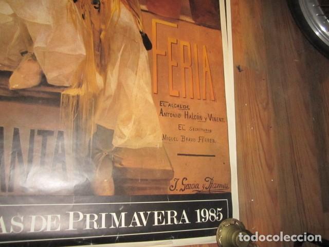 Carteles de Semana Santa: Fiestas de primavera Sevilla 1985 Semana Santa y Feria Impresionante cartel 160 X 110 cm. Cartulina - Foto 6 - 120662619