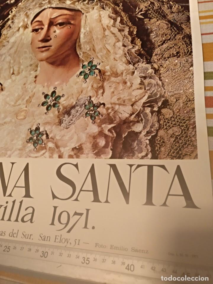 Carteles de Semana Santa: Cartel semana santa de Sevilla de 1971 foto Emilio Sáenz 70x44,5 centímetros - Foto 2 - 187468057