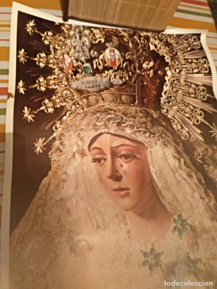 Carteles de Semana Santa: Cartel semana santa de Sevilla de 1971 foto Emilio Sáenz 70x44,5 centímetros - Foto 4 - 187468057