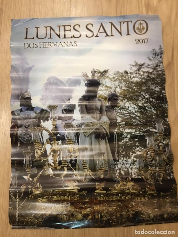 CARTEL SEMANA SANTA - LUNES SANTO 2017 - DOS HERMANAS - SEVILLA - 42X59CM (Coleccionismo - Carteles Gran Formato - Carteles Semana Santa)