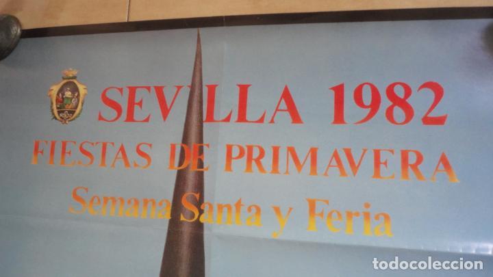 Carteles de Semana Santa: ANTIGUO CARTEL.FIESTAS DE PRIMAVERA.SEMANA SANTA Y FERIA SEVILLA 1982.MAXIMO MORENO 93 X 63.5 - Foto 2 - 222792267