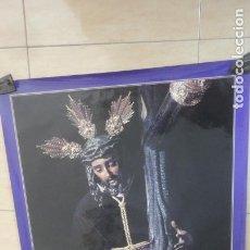 Carteles de Semana Santa: ANTIGUO CARTEL.CRISTO TRES CAIDAS.CAJA SAN FERNANDO.SEMANA SANTA SEVILLA 1994. FOTO ARENAS. 99 X 68. Lote 245018555