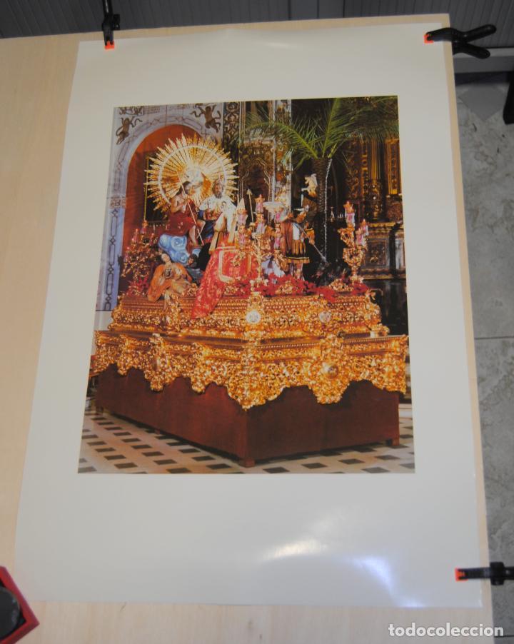 PRECIOSO CARTEL DE LA SEMANA SANTA DE SEVILLA, SAGRADO DECRETO DE LA STMA. TRINIDAD, SIN DATOS (Coleccionismo - Carteles Gran Formato - Carteles Semana Santa)