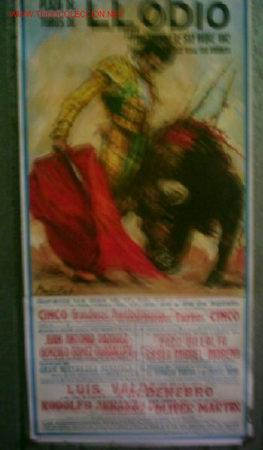CARTEL DE TOROS LLODIO 1982 .. JUAN ANTONIO VÁZQUEZ – GONZALO GÓMEZ GUADALUPE – PACO VILALTA – CSAR (Coleccionismo - Carteles Gran Formato - Carteles Toros)