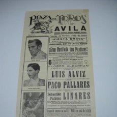 Carteles Toros: CARTEL PLAZA DE TOROS DE ÁVILA JULIO 1965 . NOVILLADA CON PICADORES . 43,5X21 . PALOMO LIONARES . Lote 16676016