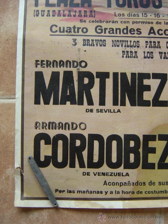Carteles Toros: PLAZA DE TOROS DE AZUQUECA (GUADALAJARA) 1985 LITOGRAFIA- ILUSTRADOR: CROS ESTREMS - Foto 6 - 108867343