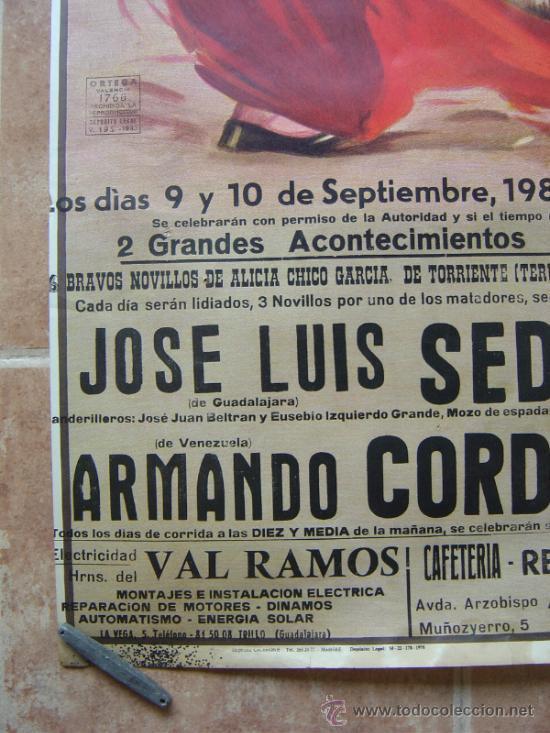 Carteles Toros: PLAZA DE TOROS DE TRUJILLO (GUADALAJARA) 1985 LITOGRAFIA- ILUSTRADOR: J.REUS - Foto 6 - 37758094