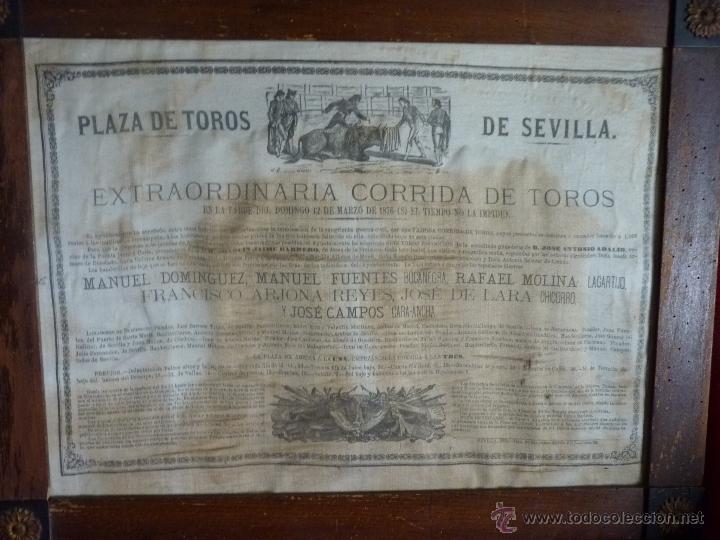 Carteles Toros: TAUROMAQUIA EXCEPCIONAL CARTEL DE TOROS DE SEVILLA EN SEDA AÑO 1876 - Foto 10 - 40965638