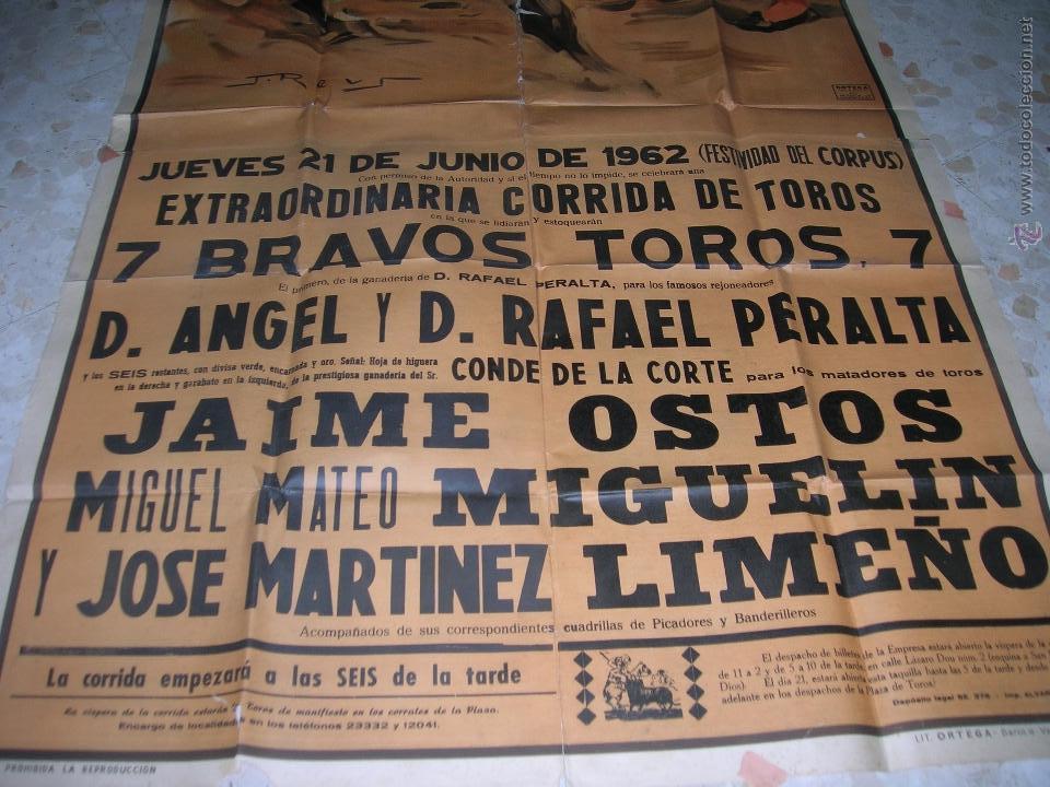 Carteles Toros: Plaza de toros de Cádiz.Gran cartel de toros tamaño bodega: 265 x 110 ctms. Necesita restauración. - Foto 5 - 47331583