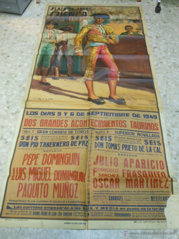 Carteles Toros: 1949 CARTEL GIGANTE DE TOROS DE CUENCA POR J. REUS - LUIS Y PEPE DOMINGUIN - JULIO APARICIO - Foto 2 - 54951571