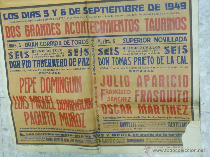 Carteles Toros: 1949 CARTEL GIGANTE DE TOROS DE CUENCA POR J. REUS - LUIS Y PEPE DOMINGUIN - JULIO APARICIO - Foto 4 - 54951571