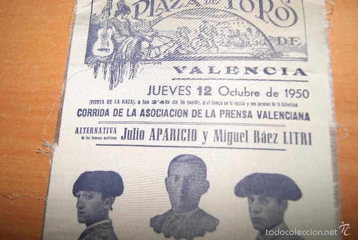 Carteles Toros: CARTEL DE TOROS DE SEDA 12 OCTUBRE 1950 ALTERNATIVA DE JULIO APARICIO Y LITRI - Foto 2 - 55235438