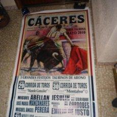 Cartazes Touros: CARTEL TOROS MURAL - CACERES - JESULIN - CORDOBES - FORTES DE NOVILLERO. Lote 81974923