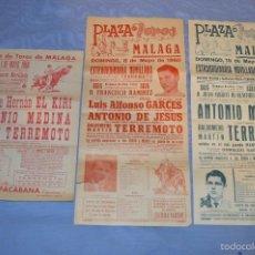 Carteles Toros: LOTE 3 CARTELES NOVILLADAS MAYO 1960 - PLAZA TOROS MÁLAGA - INCLUYE ESTRENO CON PICADORES TERREMOTO. Lote 58249485