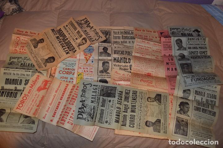 GRAN LOTE DE CARTELES DE TOROS - MÁLAGA 1958 - IMPRESIONANTE - MIRA LAS FOTOS (Coleccionismo - Carteles Gran Formato - Carteles Toros)