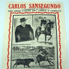 Carteles Toros: CARTEL TOROS REJONEADOR CARLOS SANSEGUNDO APODERADO VICENTE GÓMEZ FOTO CANO AÑOS 50. Lote 91362500