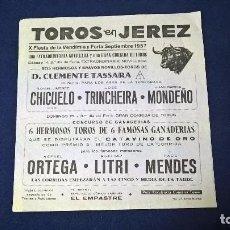 Carteles Toros: CARTEL TOROS EN JEREZ, X FIESTA DE LA VENDIMIA Y FERIA SEPTIEMBRE 1957 – MEDIDAS 22X21 CM.. Lote 95313723