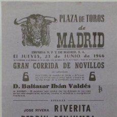 Carteles Toros: CARTEL PLAZA DE TOROS DE MADRID, 1966 - RIVERITA, BENJUMEA, CEBALLOS. Lote 110344875