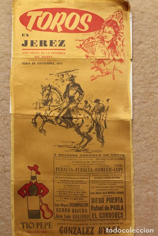 CARTEL DE TOROS DE JEREZ. FERIA DE SEPTIEMBRE 1971. LUIS MIGUEL DOMINGUÍN, CURRO RIVERA, GALLOSO (Coleccionismo - Carteles Gran Formato - Carteles Toros)