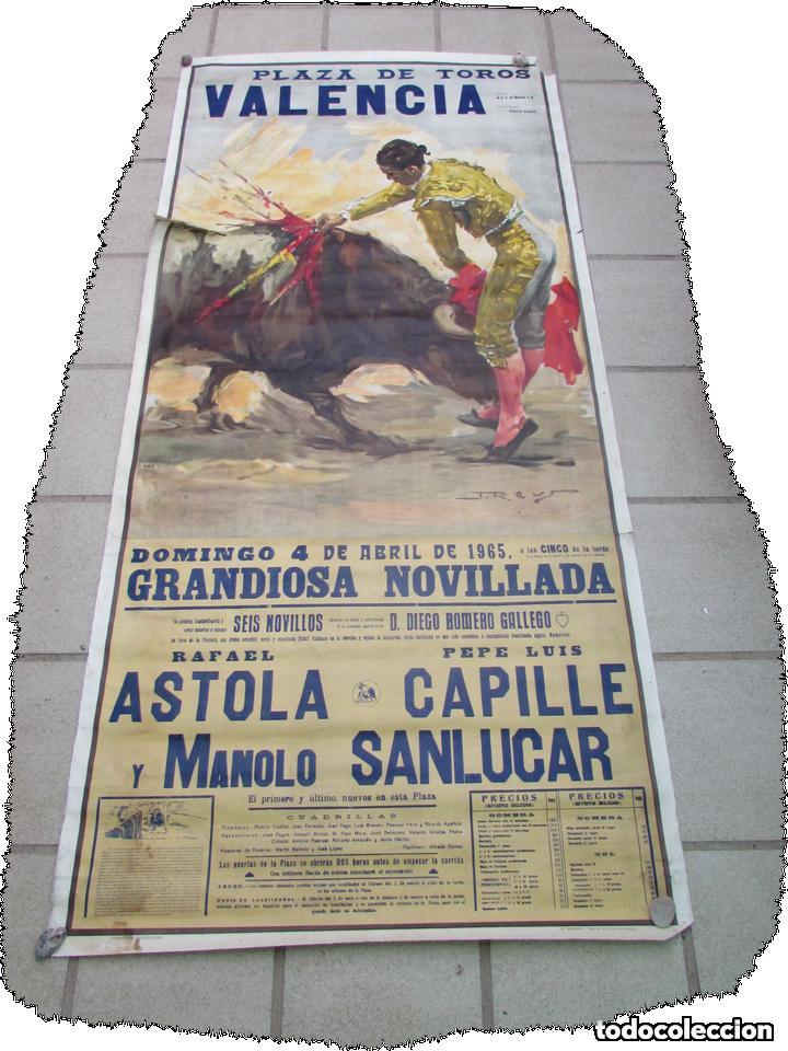 Carteles Toros: LOTE DE TRES CARTELES 1964 1965 VALENCIA GRAN TAMAÑO 235X112 - LITRI PACO CAMINO CORDOBES... - Foto 5 - 130920516