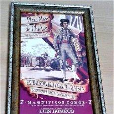 Carteles Toros: CARTEL DE TOROS, CORRIDA GOYESCA VII CENTENARIO DE LA CIUDAD DE CHICLANA 30-8 -2002 ENMARCADO NUEVO. Lote 140776974