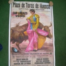 Carteles Toros: CARTEL PLAZA DE TOROS HUESCA 1990 100 X 54 CMS JULIO ROBLES ESPARTACO LITRI JESULIN UBRIQUE. Lote 158299522