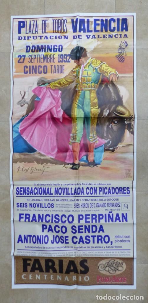 VALENCIA - BONITO CARTEL GRANDE DE TOROS - LITOGRAFÍA - AÑO 1992 - ILUSTRADOR: J. CROS ESTREMS (Coleccionismo - Carteles Gran Formato - Carteles Toros)