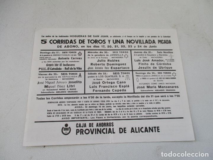 Carteles Toros: PLAZA DE TOROS ALICANTE FERIA TAURINA DE SAN JUAN 1990-PROGRAMA DE MANO- DÍPTICO - Foto 2 - 153486474