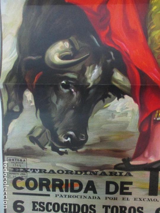 Carteles Toros: Poster, Cartel de Toros, Barcelona - Ferias y Fiestas de Santa Cruz - Ortega Cano - Foto 3 - 153935142