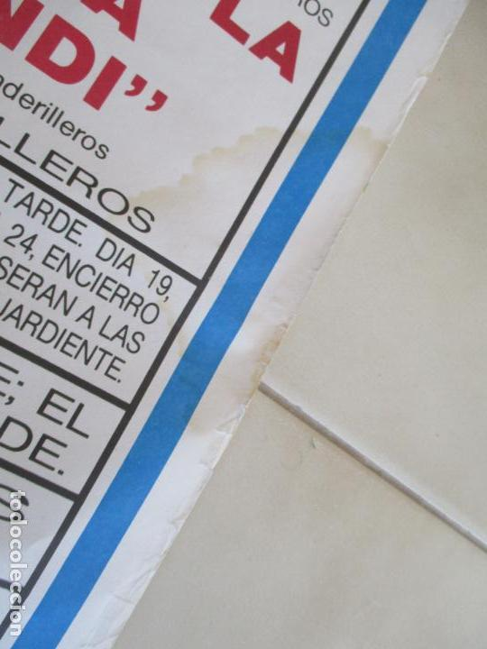 Carteles Toros: CARTEL; PLAZA TOROS VILLAVICIOSA DE ODON- SEPTIEMBRE DE 1989-MIDE 149 X 69 - Foto 9 - 156510382
