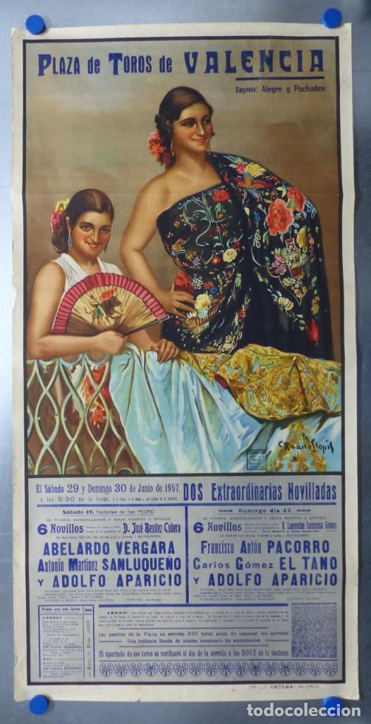CARTEL DE TOROS DE VALENCIA, JUNIO DE 1957 - LITOGRAFIA - RUANO LLOPIS (Coleccionismo - Carteles Gran Formato - Carteles Toros)