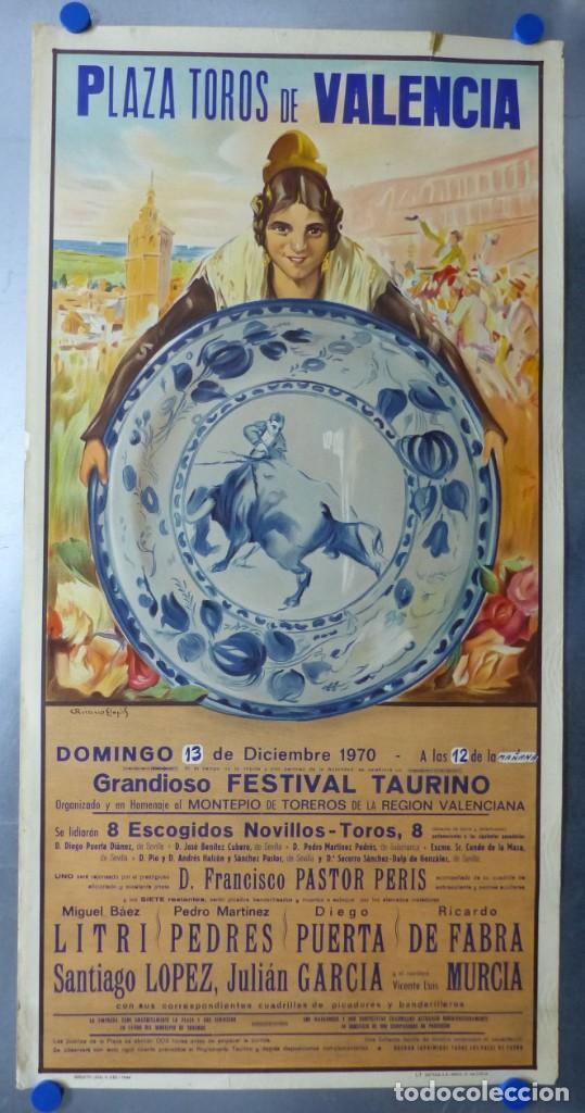 CARTEL DE TOROS DE VALENCIA, DICIEMBRE DE 1957 - LITOGRAFIA - RUANO LLOPIS (Coleccionismo - Carteles Gran Formato - Carteles Toros)
