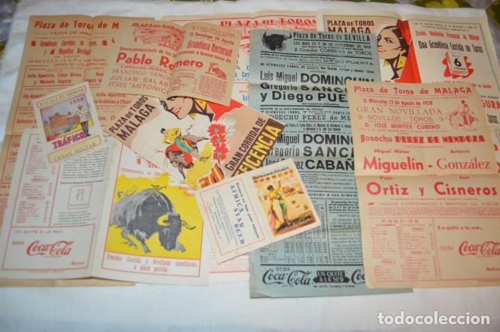 PLAZA DE TOROS DE MÁLAGA - AÑO 1958 - LOTE CARTELES DE TOROS ORIGINALES Y OTROS DOCUMENTOS ¡MIRA! (Coleccionismo - Carteles Gran Formato - Carteles Toros)