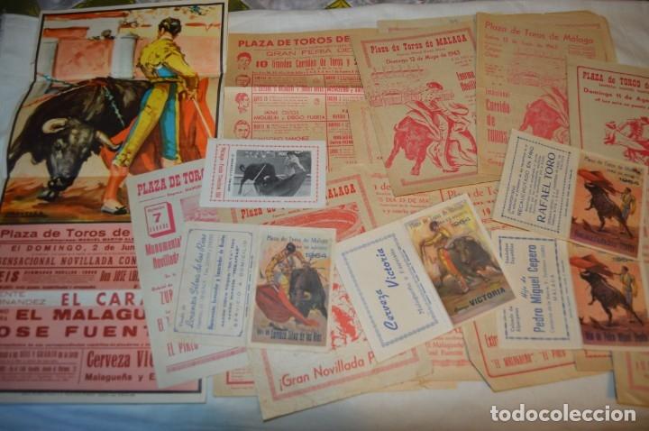 PLAZA DE TOROS DE MÁLAGA - AÑO 1963/64 - LOTE CARTELES DE TOROS ORIGINALES Y OTROS DOCUMENTOS ¡MIRA! (Coleccionismo - Carteles Gran Formato - Carteles Toros)