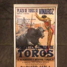 Carteles Toros: TAUROMAQUIA. CARTEL PLAZA DE TOROS DE VINAROZ. FANTÁSTICA CORRIDA DE TOROS. (H.1980?). Lote 175049329