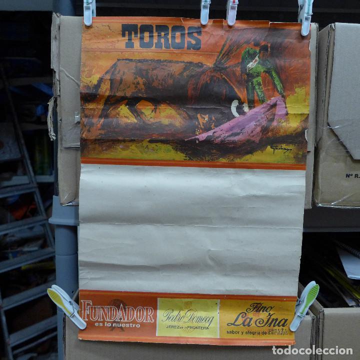 CARTEL DE TOROS CON PUBLICIDAD DE FUNDADOR PEDRO DOMECQ Y FINO LA INA (Coleccionismo - Carteles Gran Formato - Carteles Toros)