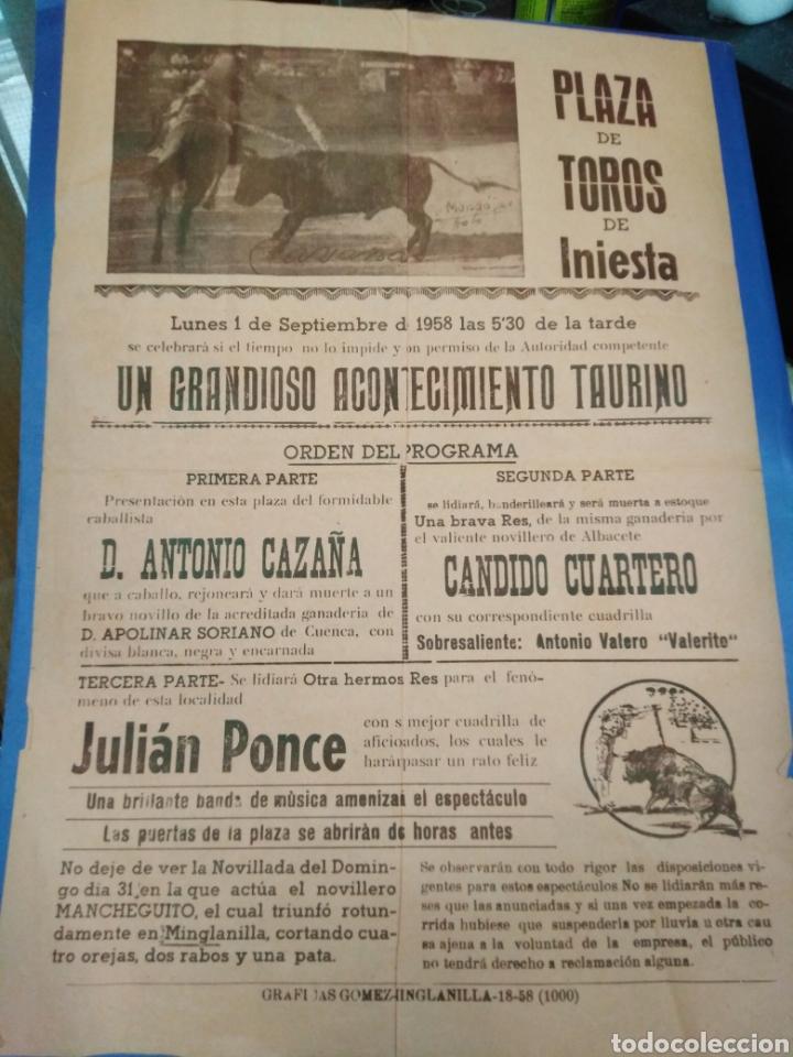 CARTEL PLAZA DE TOROS DE INIESTA(CUENCA)1 SEPTIEMBRE 1958,ANTONIO CAZAÑA,CÁNDIDO CUARTERO,31X22 (Coleccionismo - Carteles Gran Formato - Carteles Toros)
