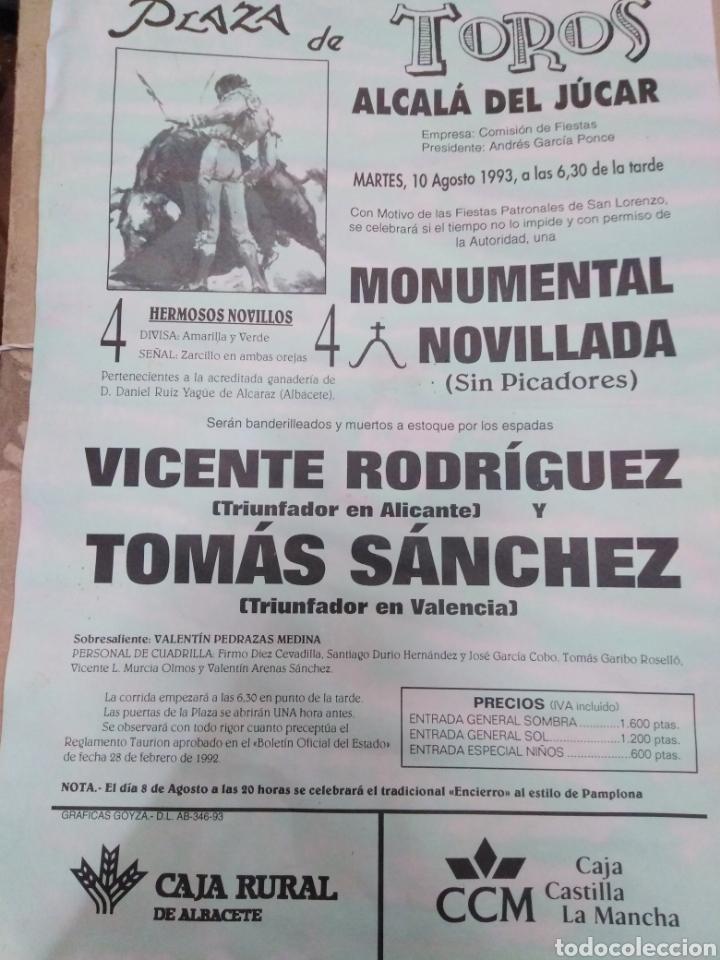 CARTEL DE TOROS ALCALÁ DEL JUCAR(ALBACETE)AGOSTO 1993-32X22 (Coleccionismo - Carteles Gran Formato - Carteles Toros)
