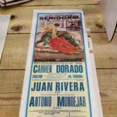 Carteles Toros: BENIDORM, 1983, CARTEL DE TOROS, JUAN RIVERA Y ANTONIO MONDEJAR, 19X46 CMS. Lote 262295735
