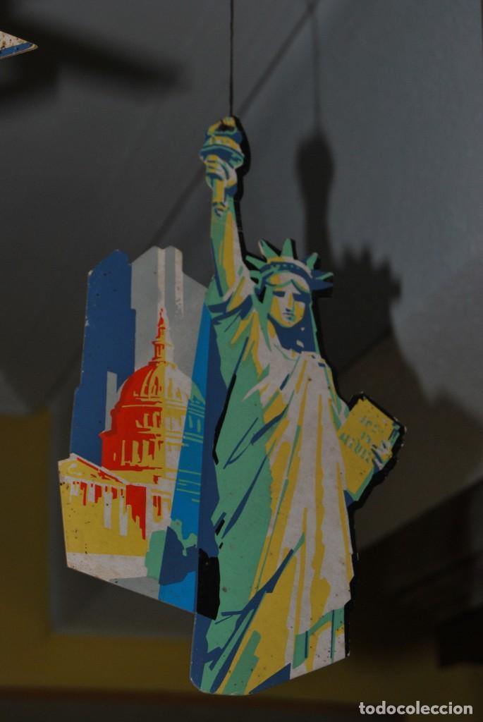 Carteles de Transportes: CARTEL COLGANTE CON PUBLICIDAD DE PAN AM USA - MÓVIL PUBLICITARIO PANAM - LÍNEA AÉREA - AÑOS 60 - Foto 4 - 70566921