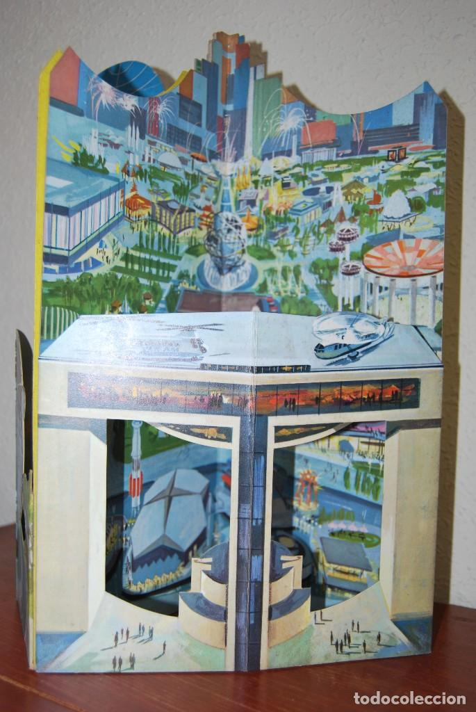Carteles de Transportes: CARTEL EN RELIEVE CON PUBLICIDAD DE PAN AM - FOLLETO PANAM - FERIA MUNDIAL DE NUEVA YORK - 1964 - Foto 8 - 70568001