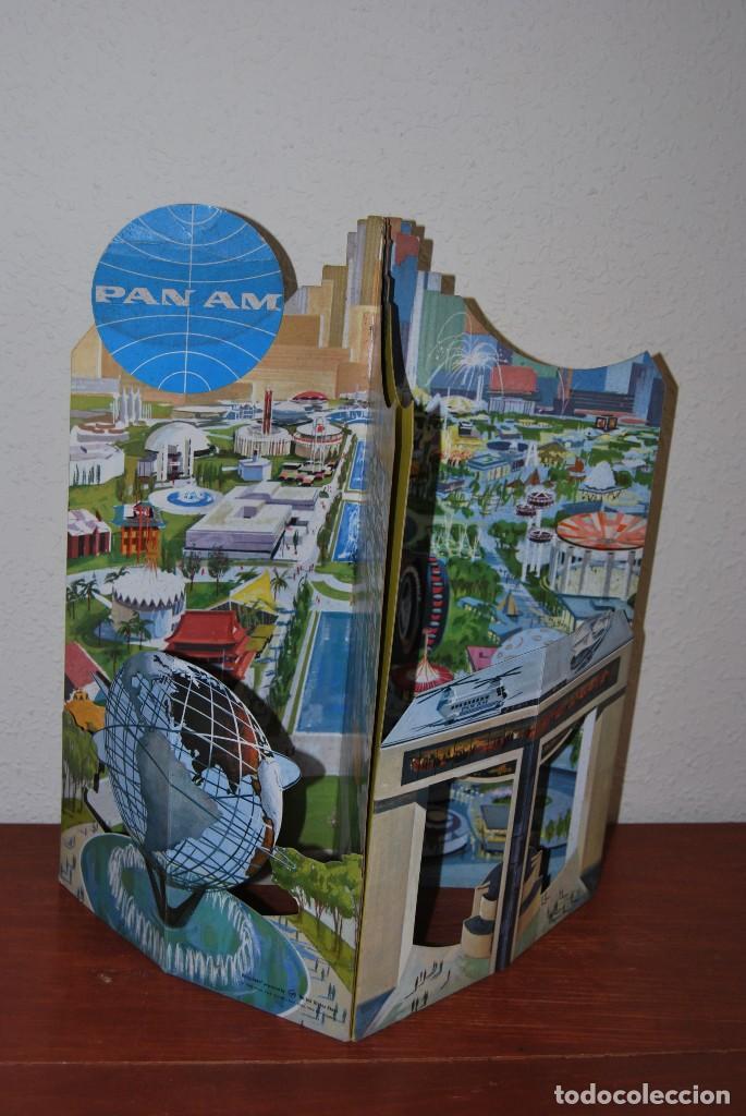 Carteles de Transportes: CARTEL EN RELIEVE CON PUBLICIDAD DE PAN AM - FOLLETO PANAM - FERIA MUNDIAL DE NUEVA YORK - 1964 - Foto 24 - 70568001
