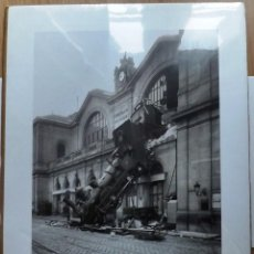 Carteles de Transportes: LOCOMOTORA VAPOR ACCIDENTE PARIS ESTACIÓN. Lote 141936482