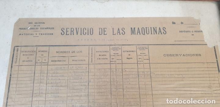 Carteles de Transportes: RED NACIONAL DE FERROCARRILES ESPAÑOLES. SERVICIO DE LAS MÁQUINAS. 1957. - Foto 3 - 178169731
