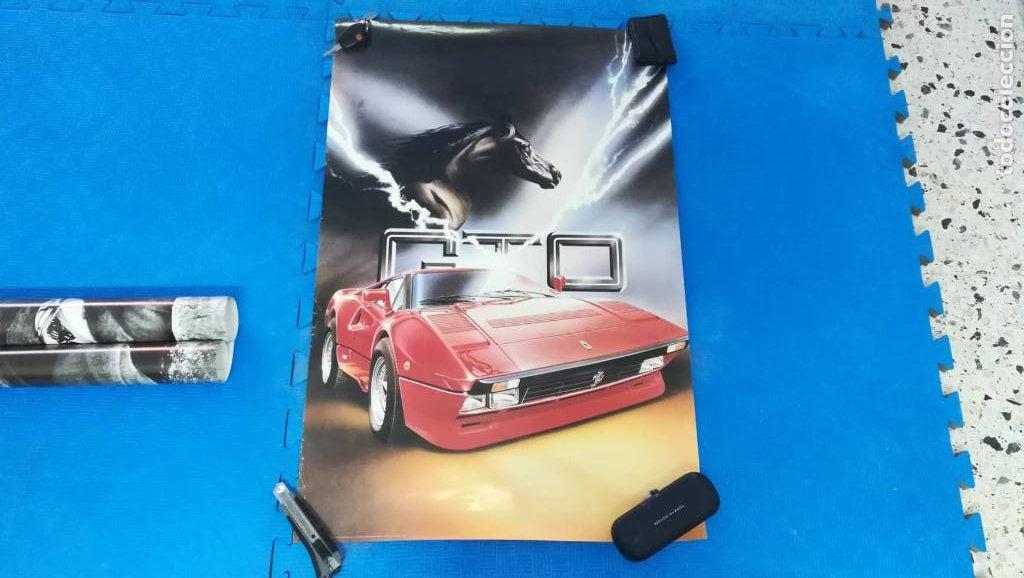 POSTER FERRARI GTO - AÑOS 80 - UNOS 90X65 CM APROX (Coleccionismo - Carteles Gran Formato - Carteles Transportes)