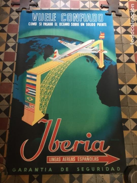 (M) AVIACIÓN - IBÈRIA - ANTIGUO CÀRTEL - IBÈRIA LINEAS AEREAS ESPAÑOLAS -VUELE CONFIANDO COMO SI PAS (Coleccionismo - Carteles Gran Formato - Carteles Transportes)