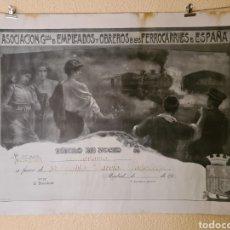 Carteles de Transportes: MADRID CARTEL EMPLEADOS FERROCARRILES ESPAÑA TITULO DE SOCIO AÑO 1928 FIRMA KRAMPOLK 73 X 53 CM VER. Lote 270148433