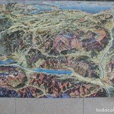 Carteles de Turismo: SUIZA LOS ALPES SUIZOS MONTAÑA ALPINISMO MAPA PANORÁMICO CARTEL TURISMO PUBLICITARIO. Lote 111504371